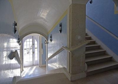 escalier-location-mariage-vacance